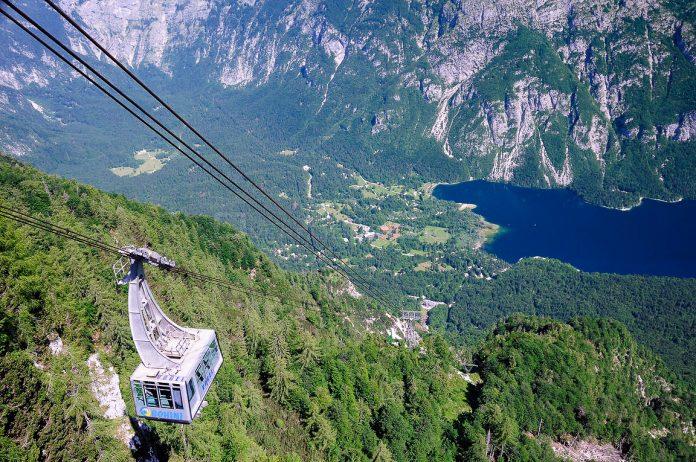 Triglav National Park vogel cable car view