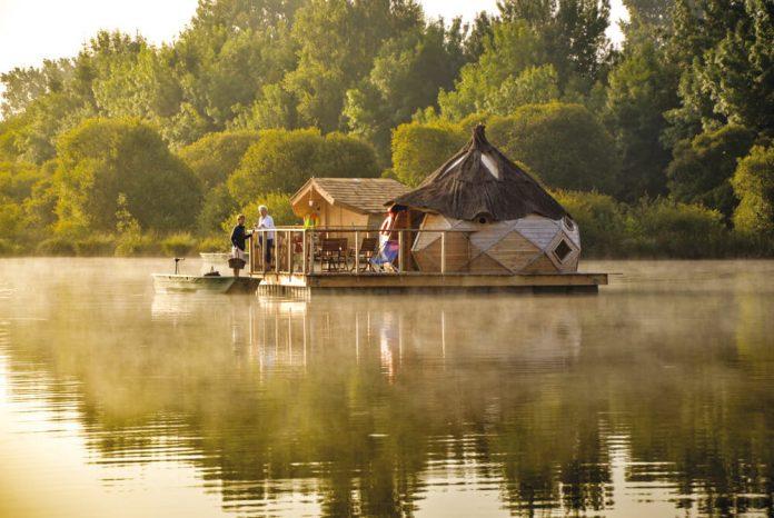 Village Flottant unique hotels
