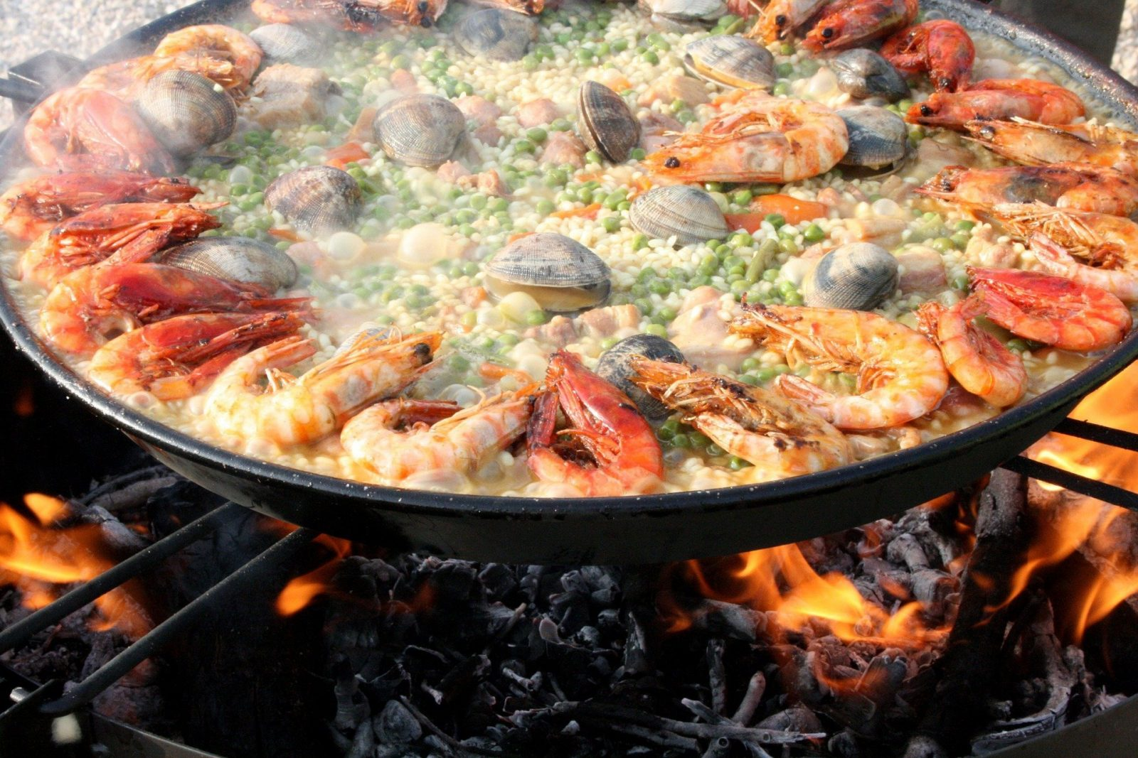 authentic paella in barcelona