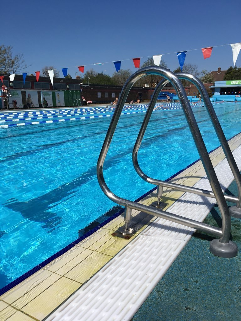 best outdoor swimming pools in london 1