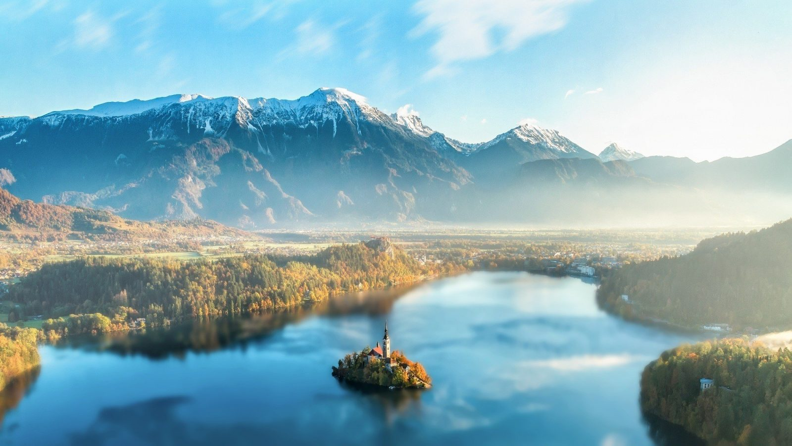where to see the arrival of fall lake bled