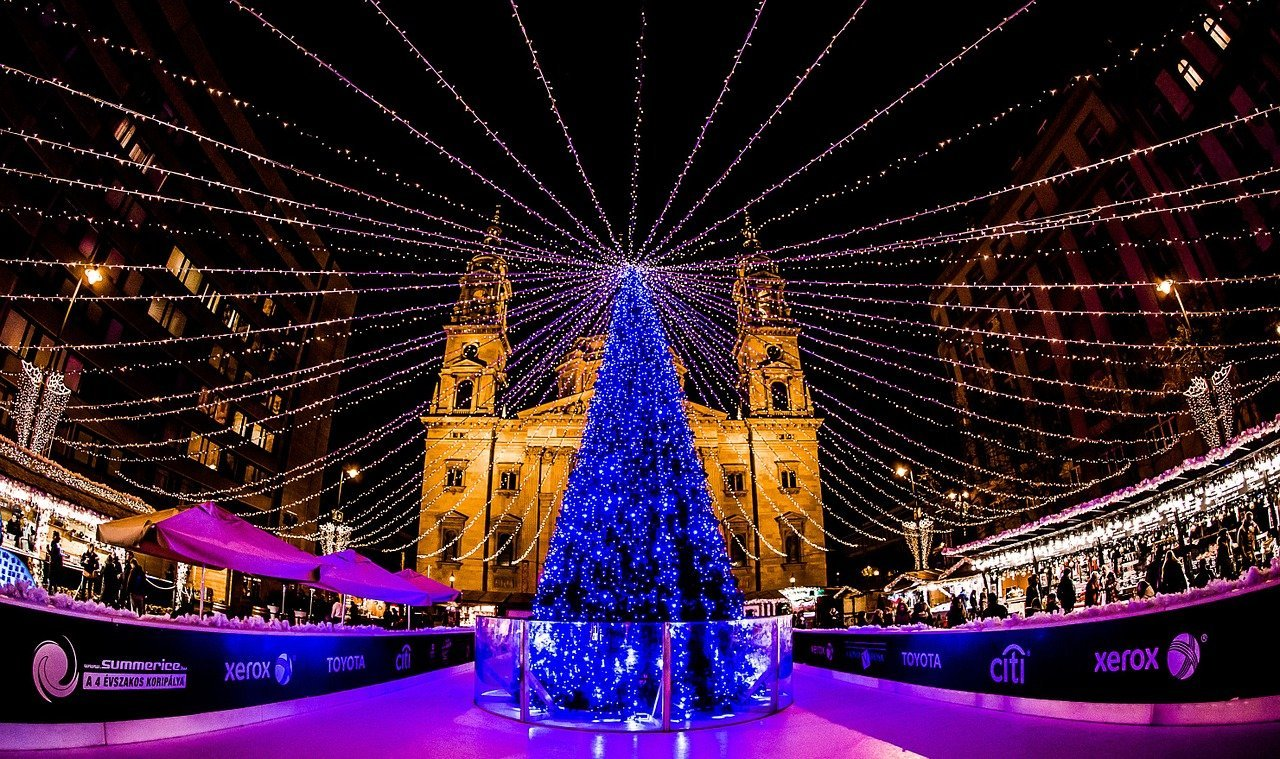 budapest best christmas markets in europe