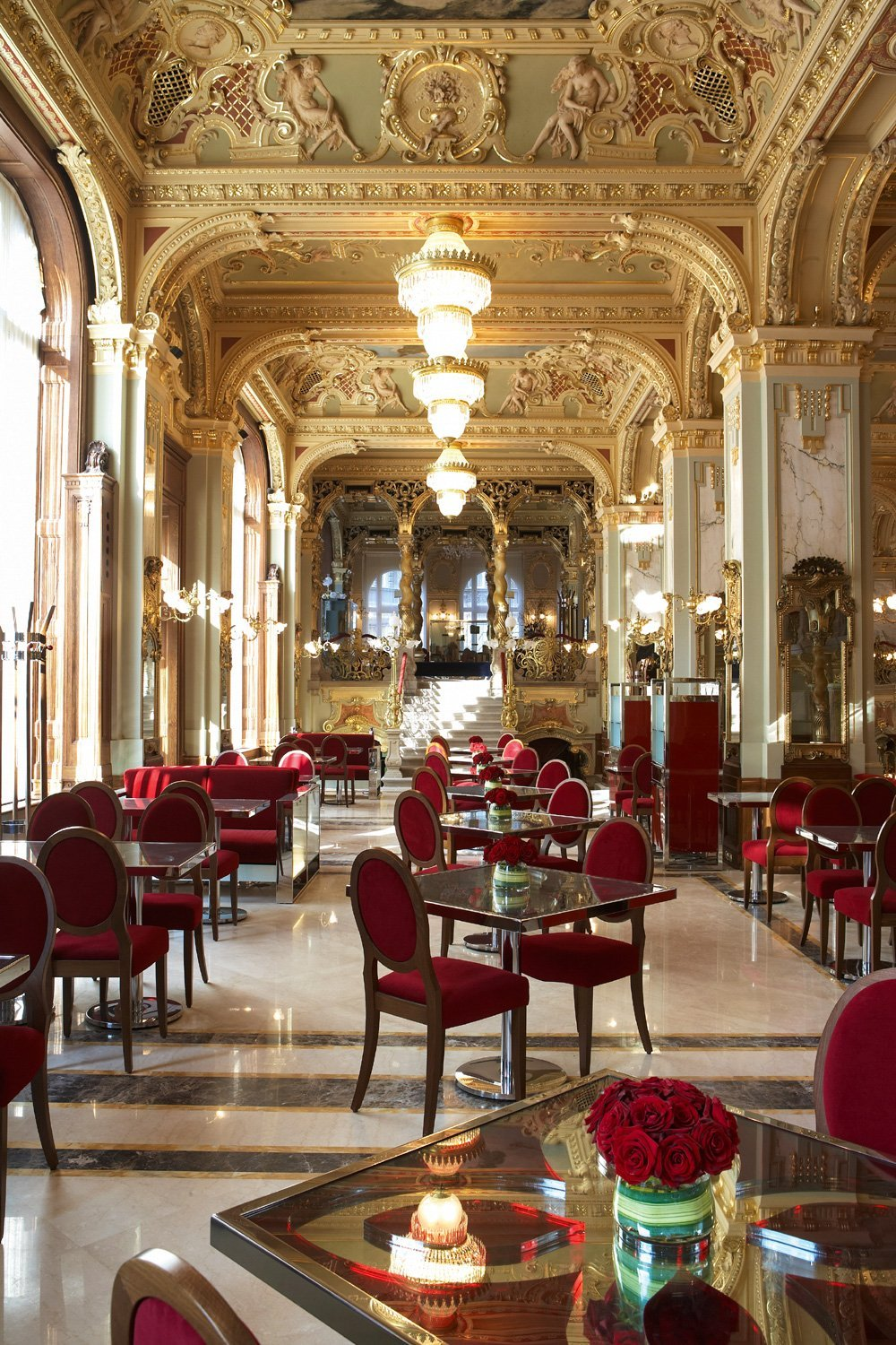 Budapest things to do cafe new york
