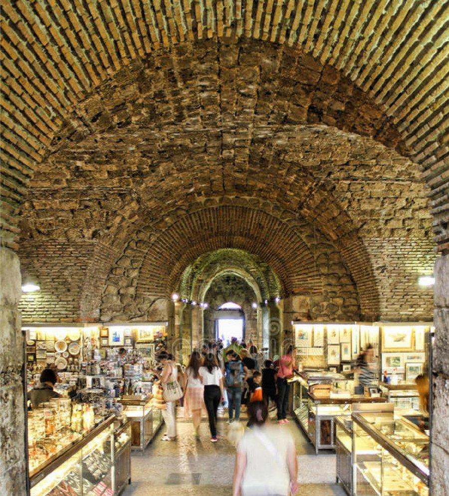 diocletian market split croatia
