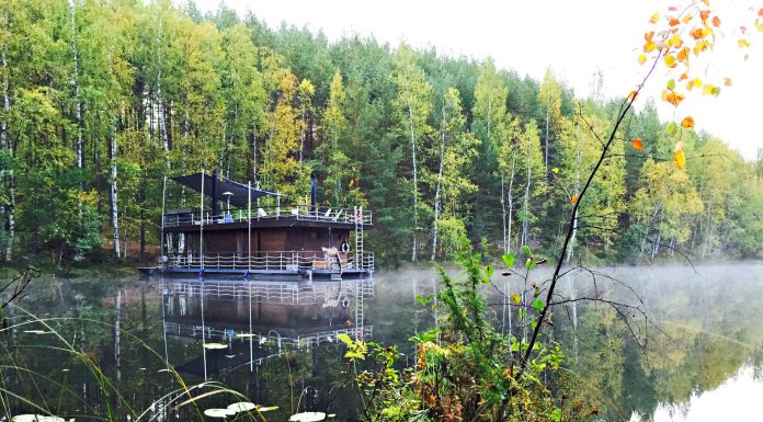 floating sauna in finland