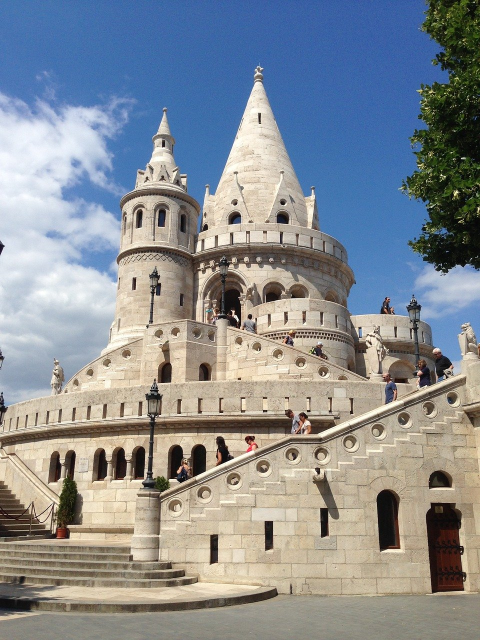 fun things to do in Budapest fishermans bastion
