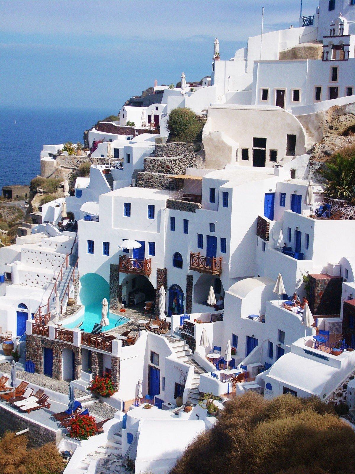 june holiday destination mykonos