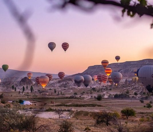 hotels with the best view of the balloons in cappadocia