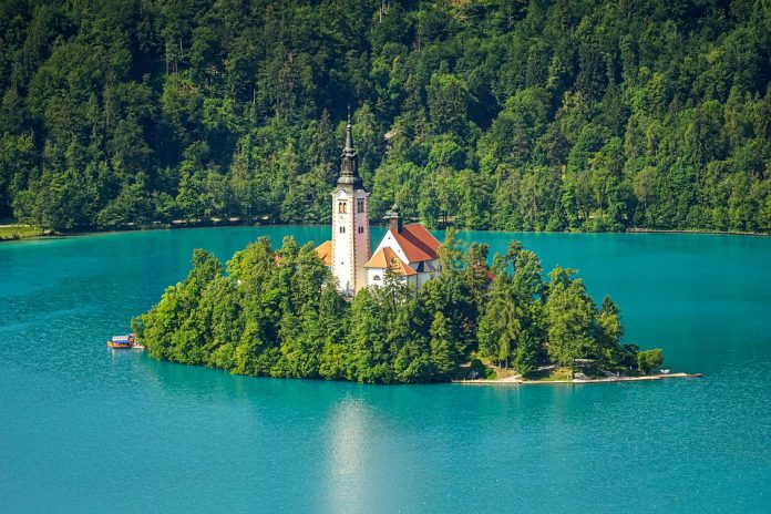 lake bled destinations to visit in slovenia