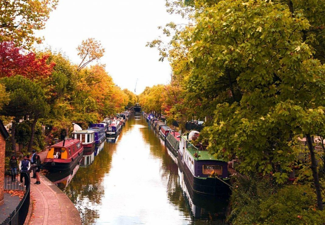 where to see autumn in london
