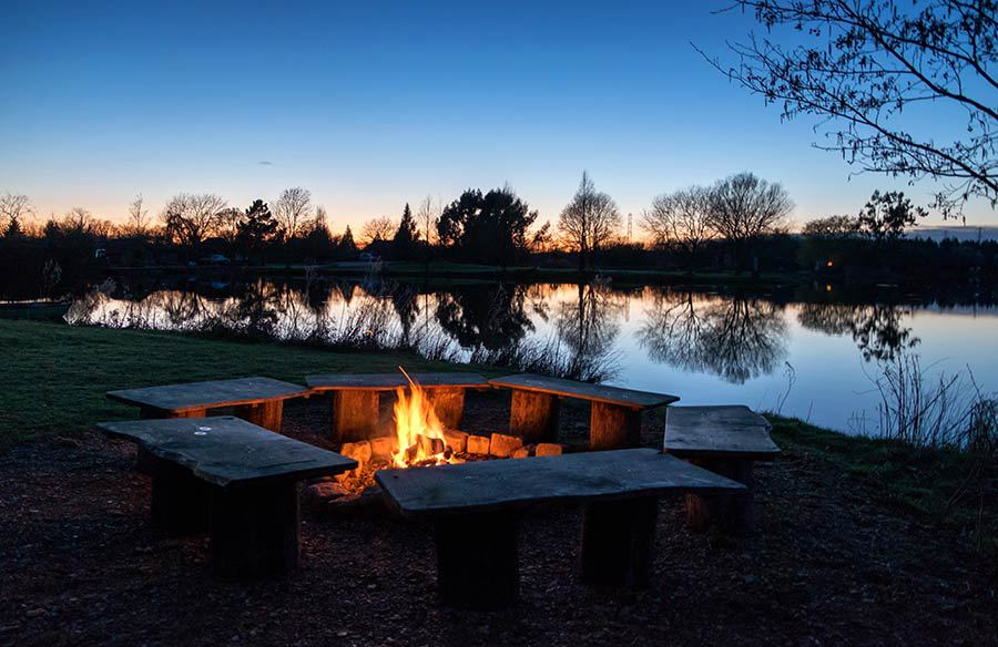 log cabin getaways near london with fire pit