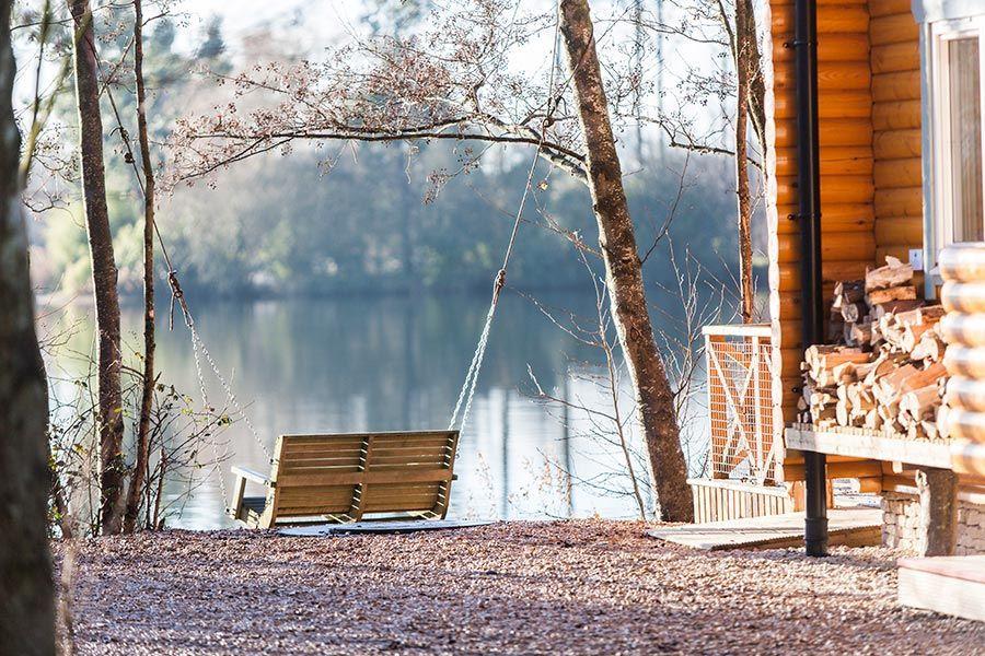 luxury cabin holidays nears london with swing