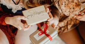 LUXURY STOCKING FILLER GIFTS FOR HER