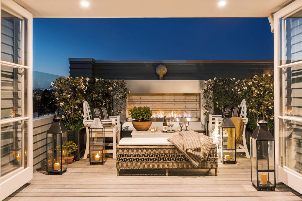 Centrally Located In Auckland This Luxury 4 Bedroom Villa Comes With A  Private Chef And Concierge. This Villa Boasts 3 Different Outdoor Lounges,  ...