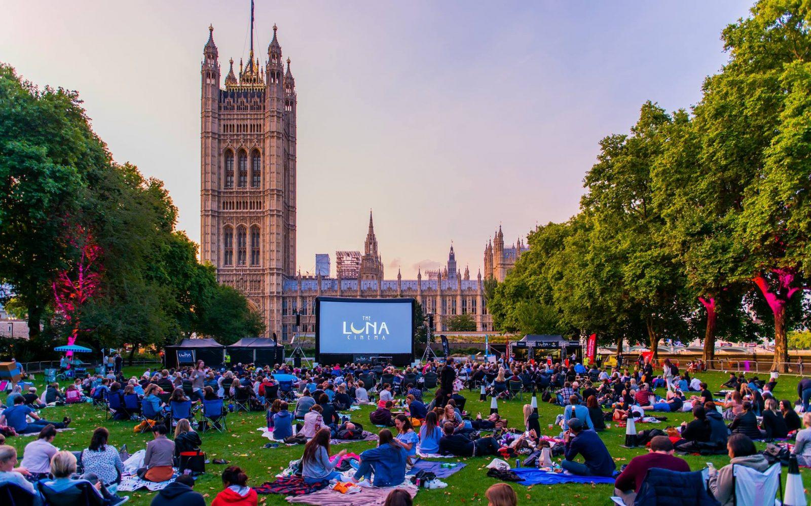 outdoor cinemas in London Luna Cinema