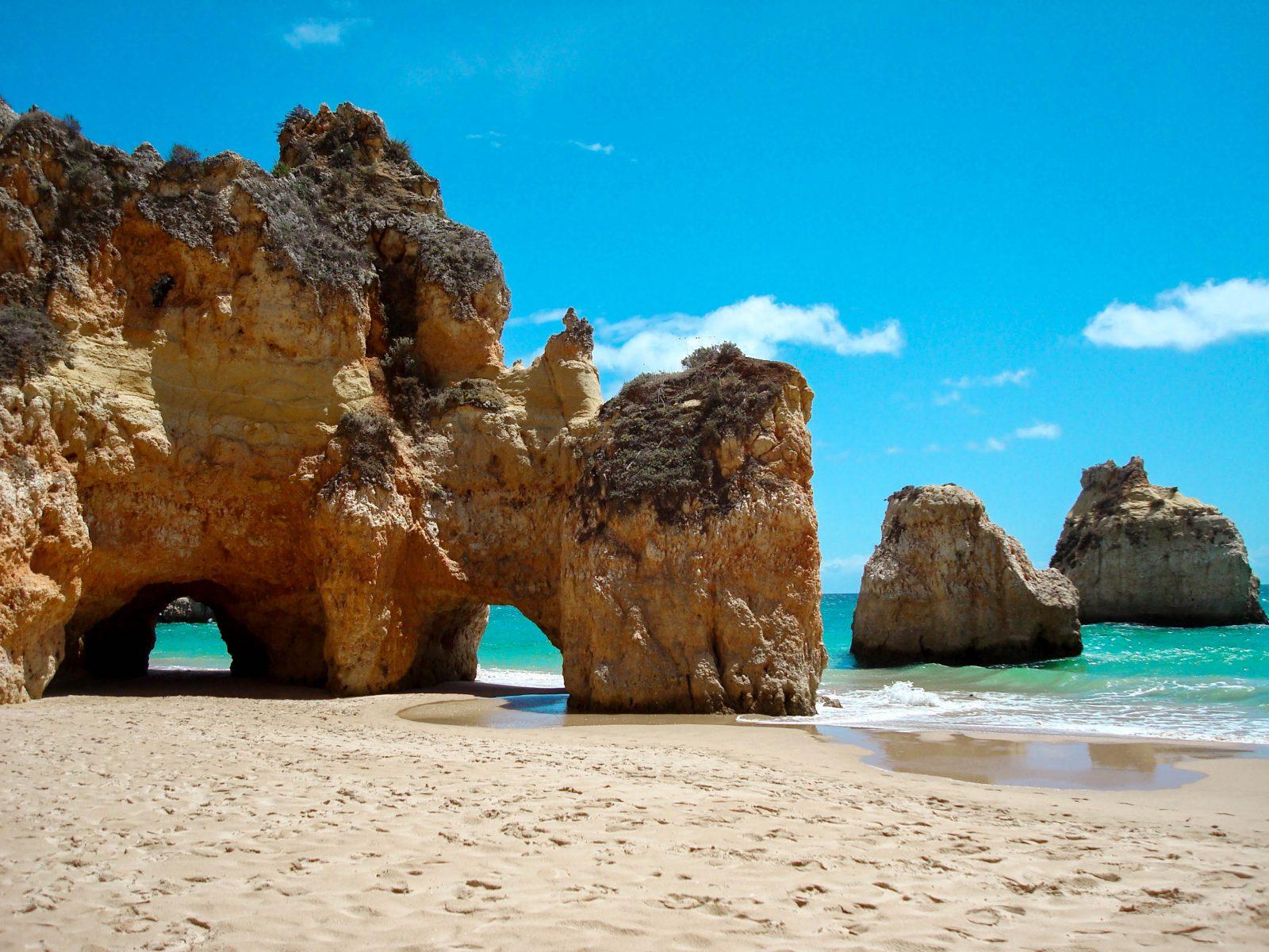 Places to visit in Algarve