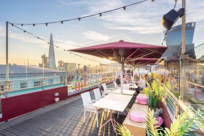 rooftops bars in london savage garden