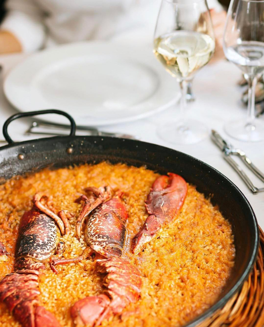 tasty paella in barcelona can sole