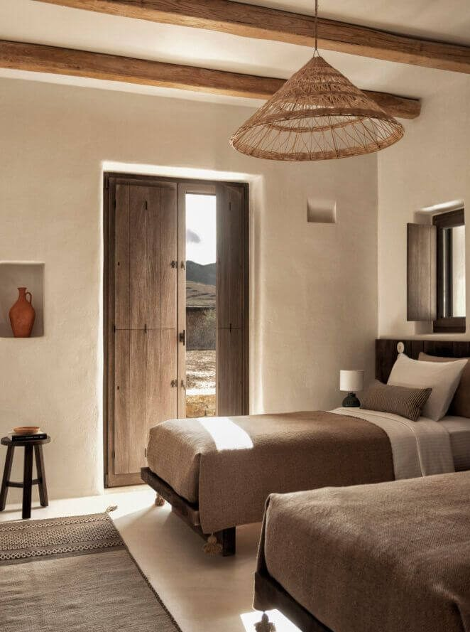 the rooster antiparos greece bedrooms