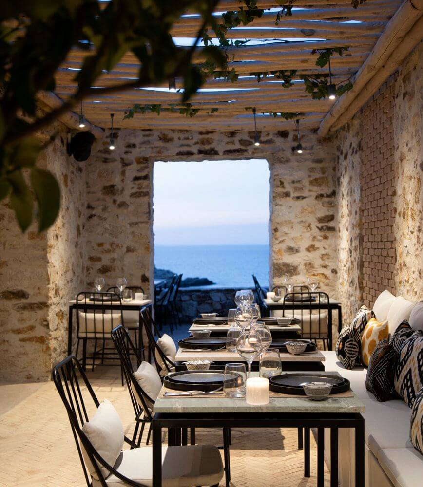 the rooster antiparos greece dining view