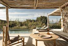 the rooster antiparos greek island