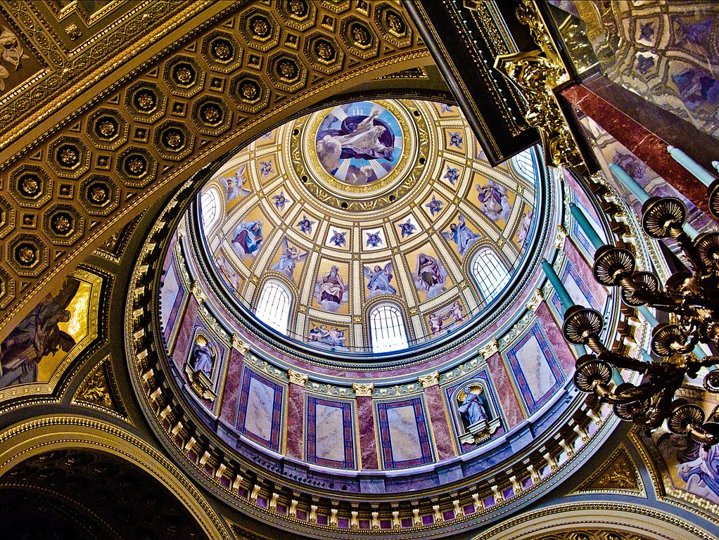 things to do in budapest st. stephen basilica inside