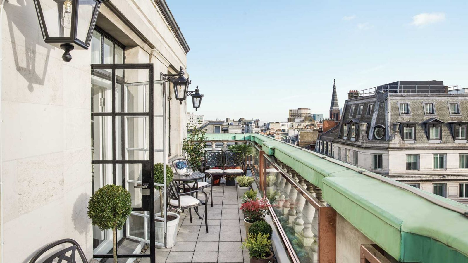 Best luxury hotel suite in London Langham