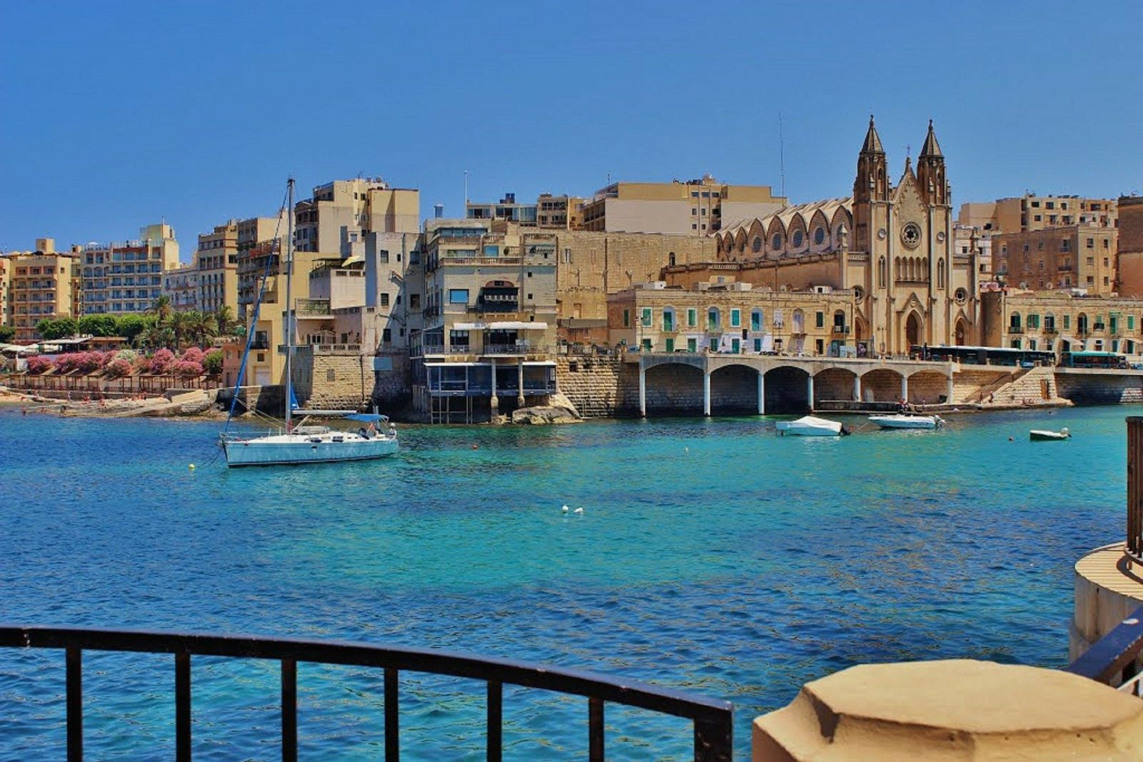june holiday destination malta